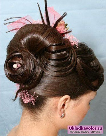 Довгі зачіски на новий рік 2012