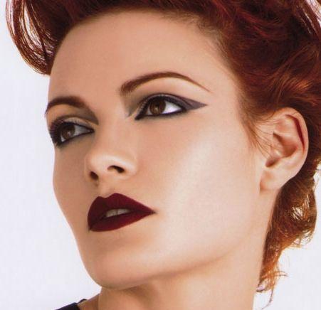 Який макіяж для рудого волосся (36 фото) рекомендують стилісти в цьому сезоні
