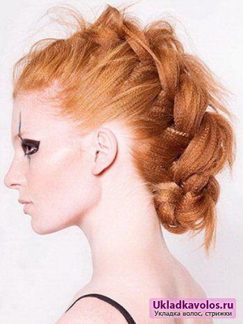 Популярні зачіски на Новий рік 2012