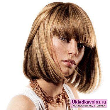 Популярні укладання для короткого волосся з чубчиком