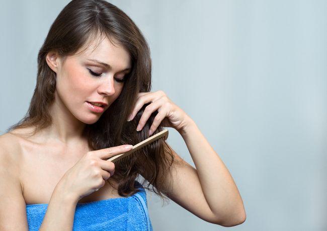 Рекомендації, як легко розчесати сильно заплутані волосся