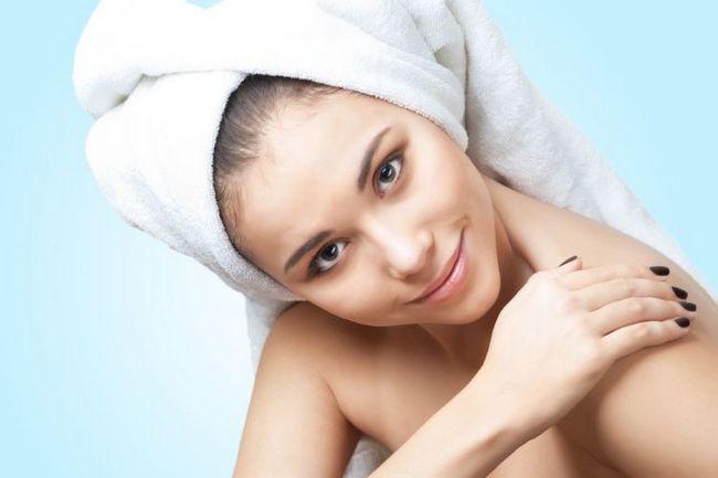 Способи, як швидко висушити волосся без фена