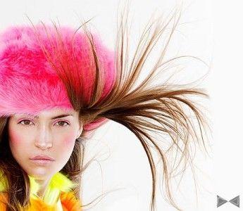 Волосся електризуються